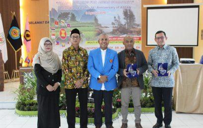 """Seminar Nasional dan Workshop tema """"Village Building For ASEAN Community"""" Suskes Digelar FISIP Unihaz"""
