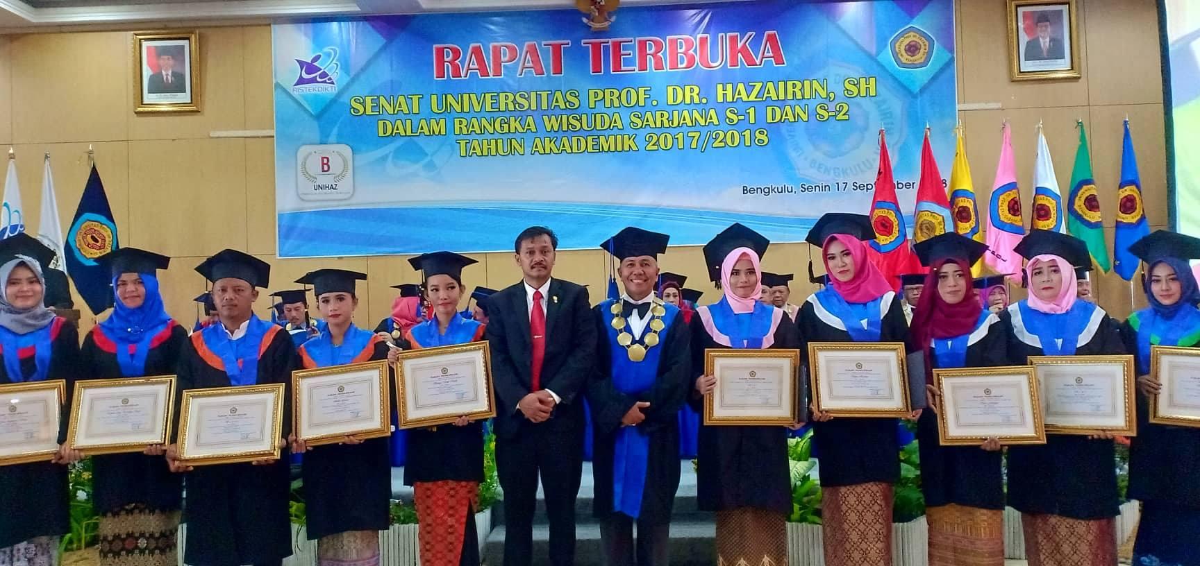 494 Mahasiswa Unihaz Di Wisuda