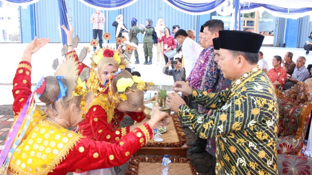 UNIHAZ melalui UKM SENI menggelar Dhol Competition Tingkat Kota Bengkulu